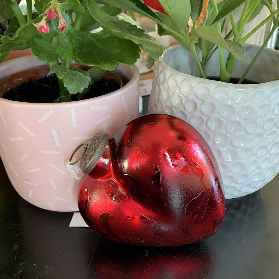 Large Glass Heart - Red
